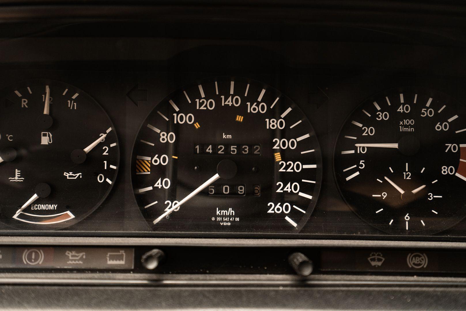 1985 Mercedes-Benz 190E 2.3-16 73531