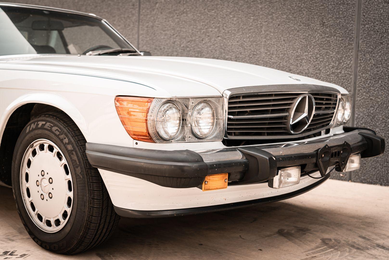 1985 Mercedes-Benz SL 560 77046