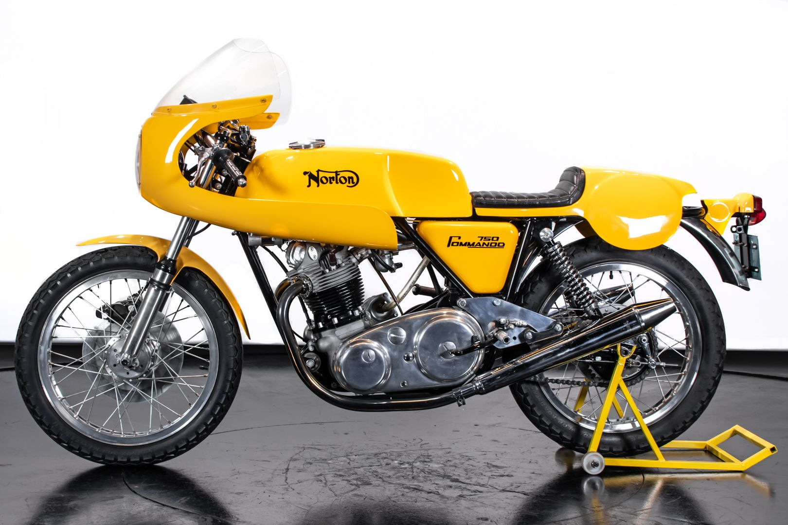 1971 Norton Commando 750 PR 72897