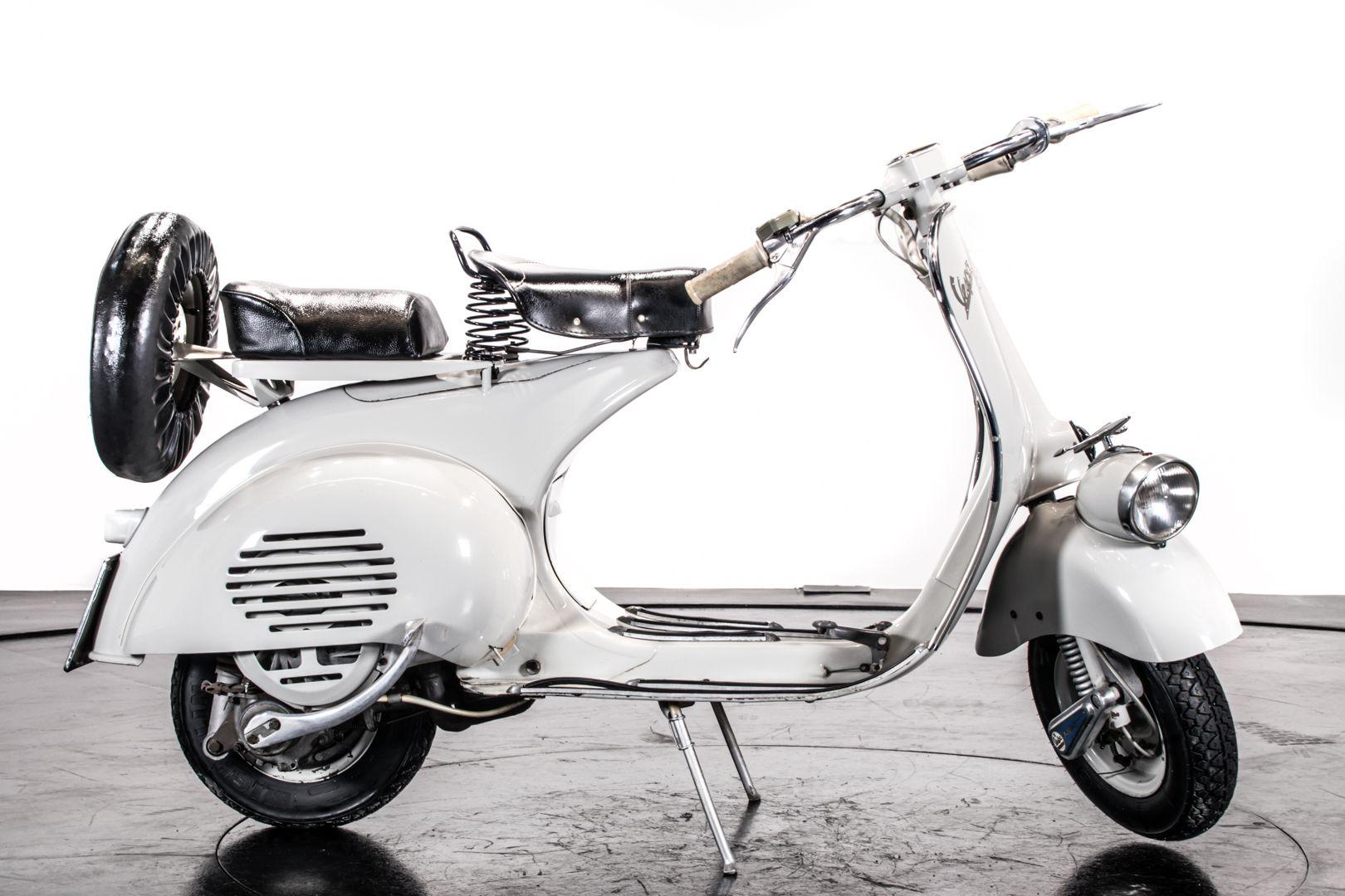 1957 Piaggio Vespa 125 Faro Basso '57 68779