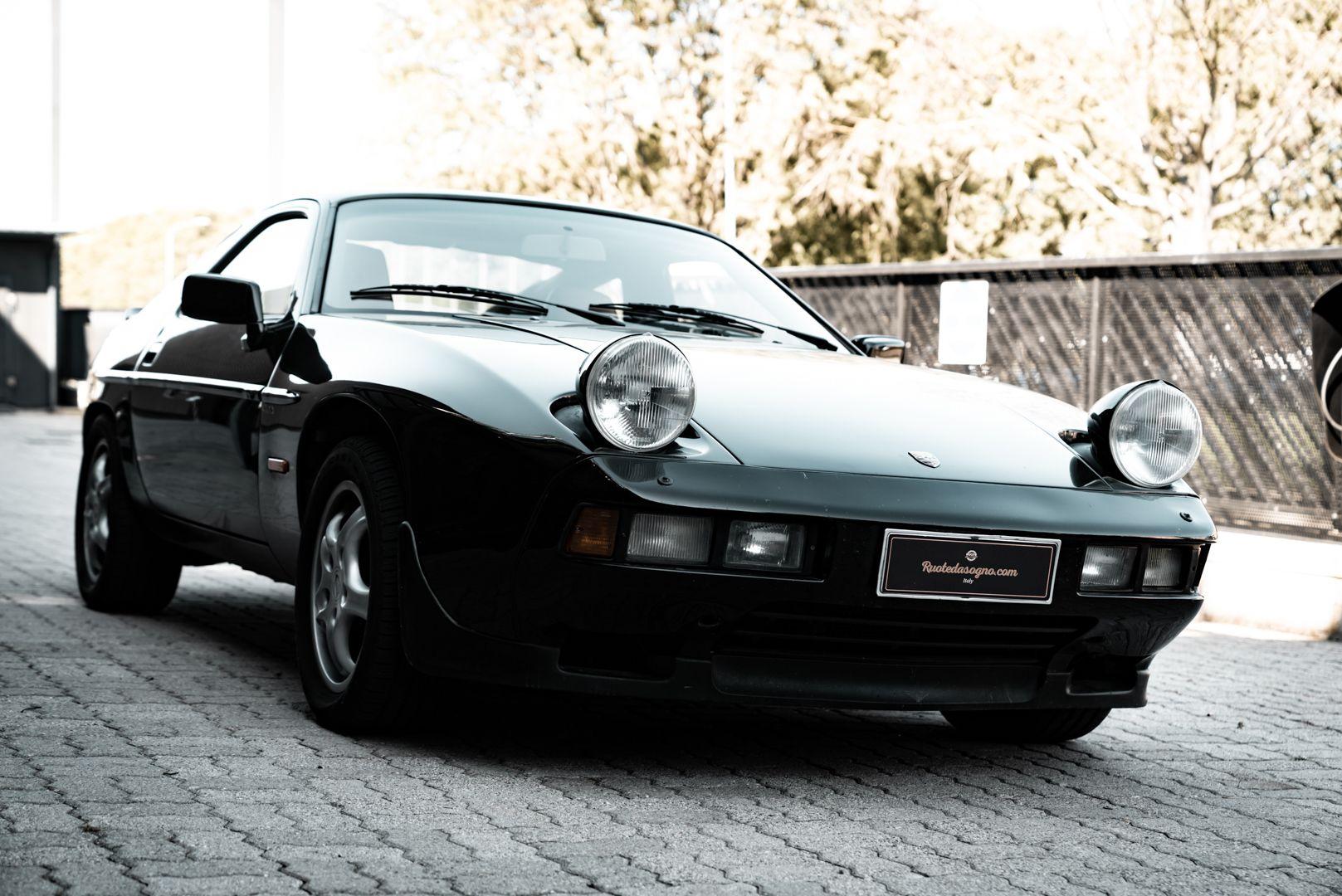 1985 Porsche 928 S 77472