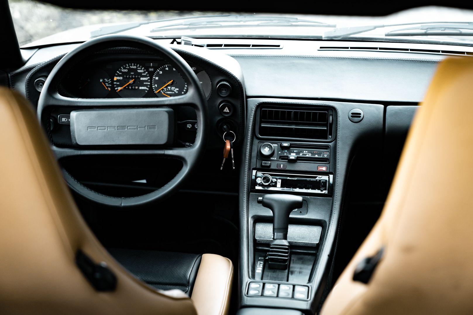 1985 Porsche 928 S 77493