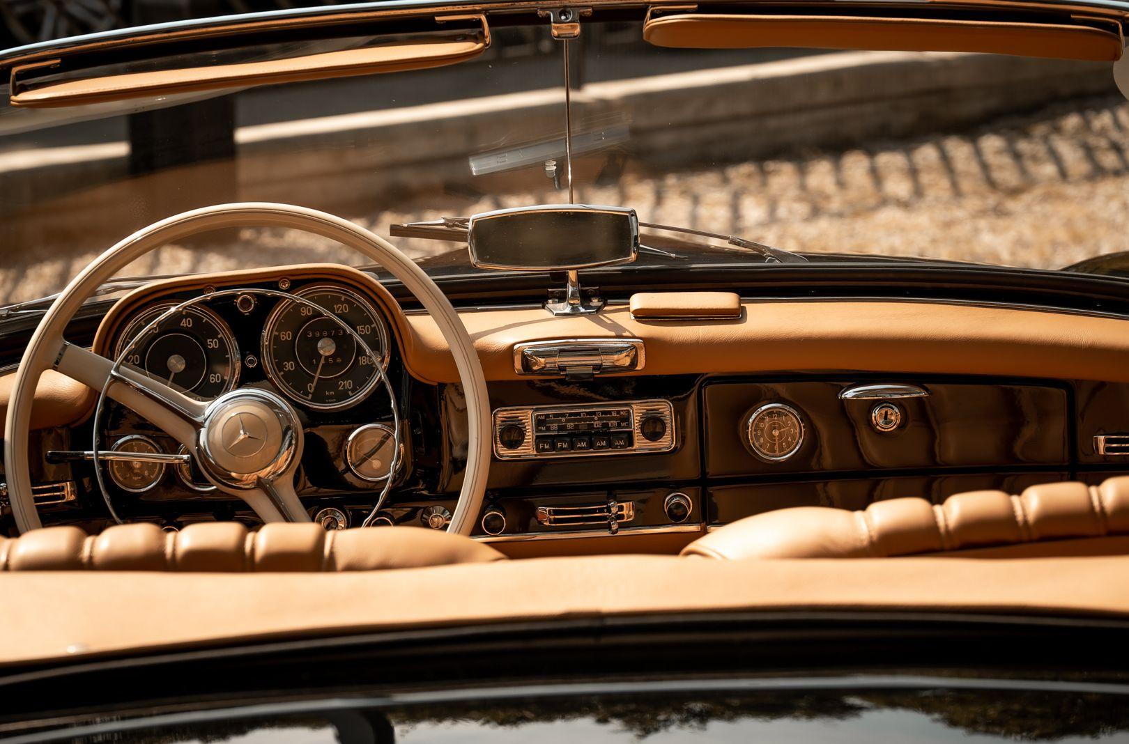 1961 Mercedes-Benz 190 SL 73859