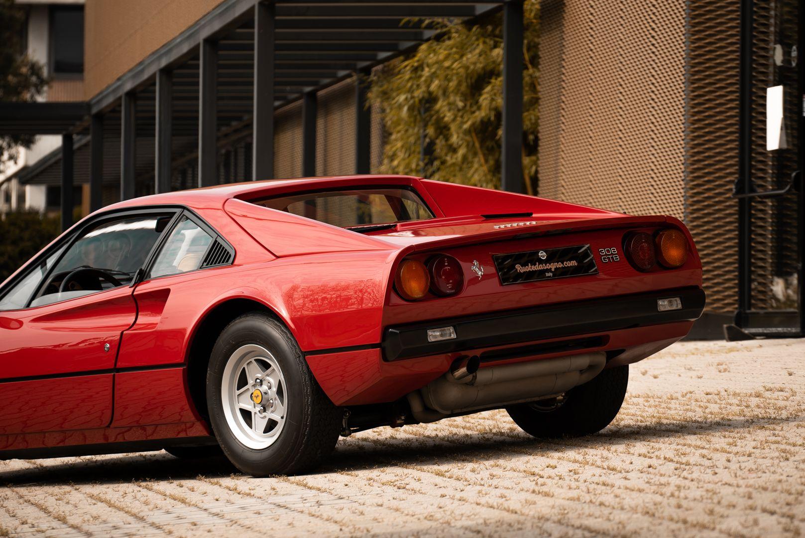 1976 Ferrari 308 GTB Vetroresina 74052
