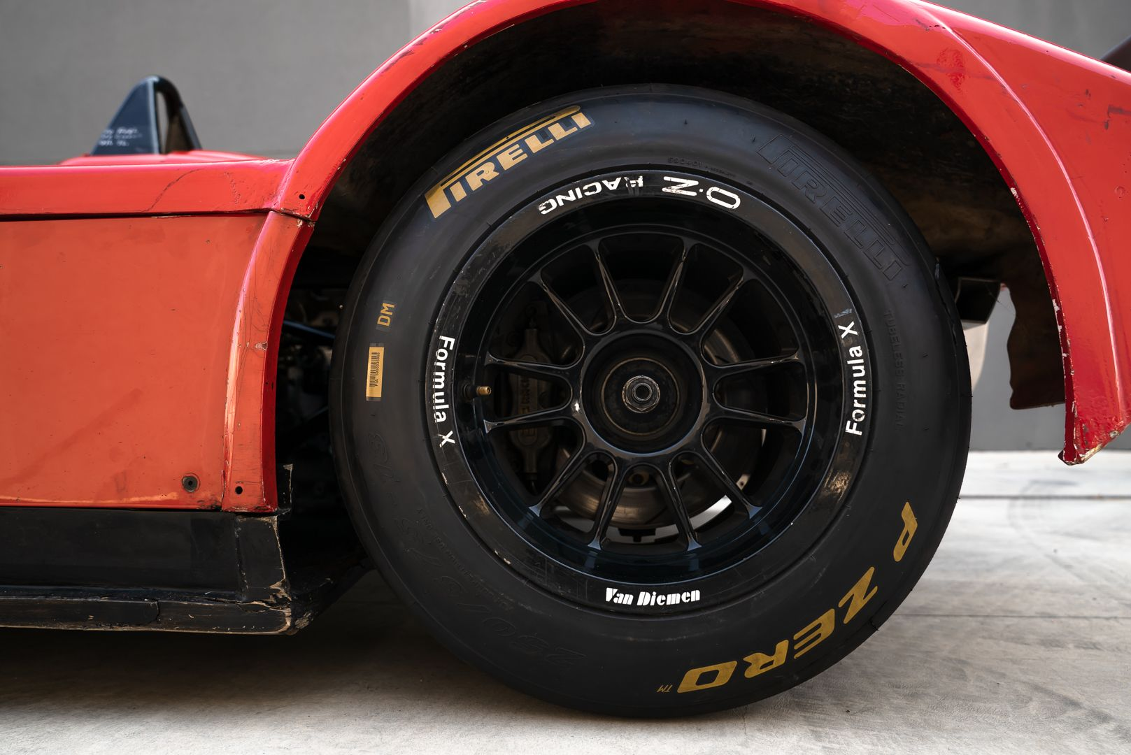 2004 Van Diemen Formula X RF04 CFX 68834