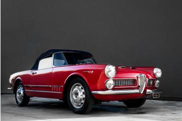 1961 Alfa Romeo 2000 Spider Touring