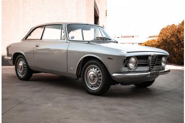 1967 Alfa Romeo Giulia Sprint GT 1600