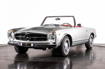 "1966 Mercedes-Benz 230 SL ""Pagoda"""