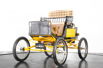 1900 Locomobile Runabout