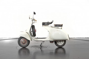 1956 Piaggio Vespa Struzzo