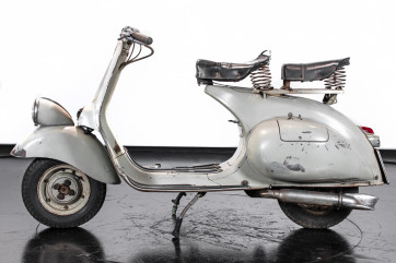 1953 Piaggio Vespa VM1 125