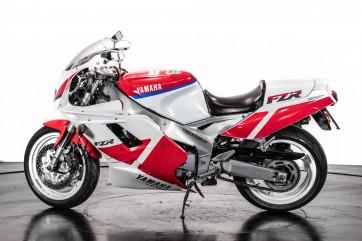 1991 Yamaha FZR1000 3GM