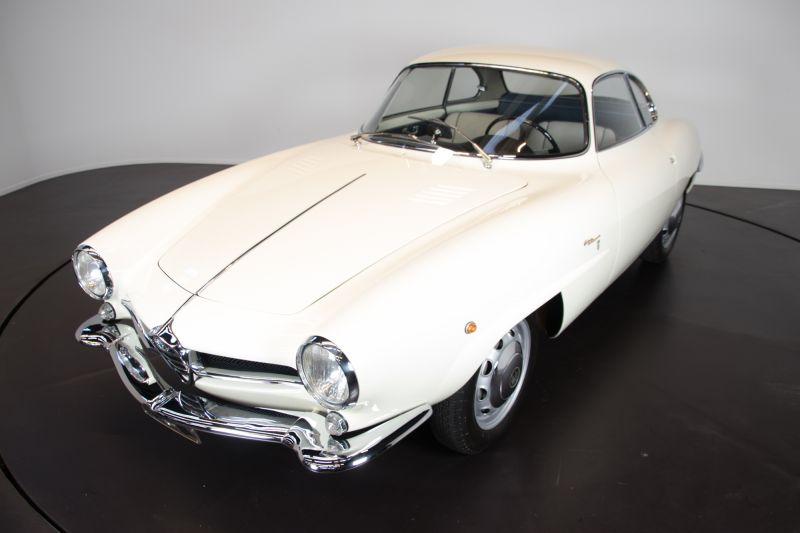 1961 Alfa Romeo Giulietta Sprint Speciale 4900