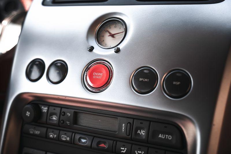 2001 Aston Martin V12 Vanquish 67938