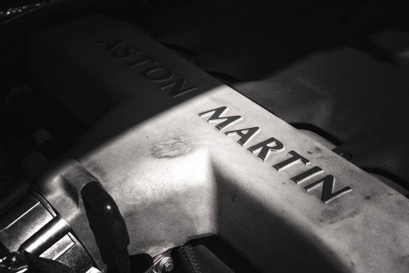 2001 Aston Martin V12 Vanquish 67955