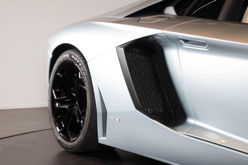 2014 Lamborghini Aventador Roadster  3804