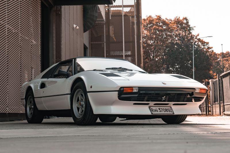 1982 Ferrari 208 GTS Carburatori 76007