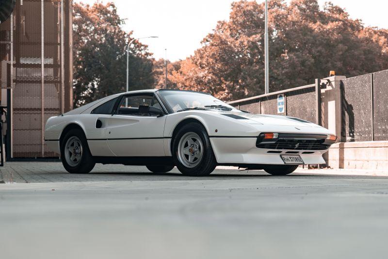 1982 Ferrari 208 GTS Carburatori 75995