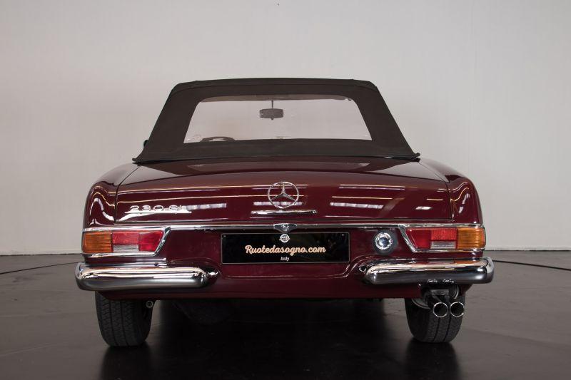 1963 Mercedes-Benz 230 SL 15934