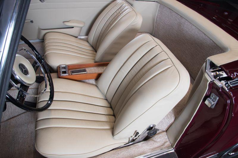 1963 Mercedes-Benz 230 SL 15940