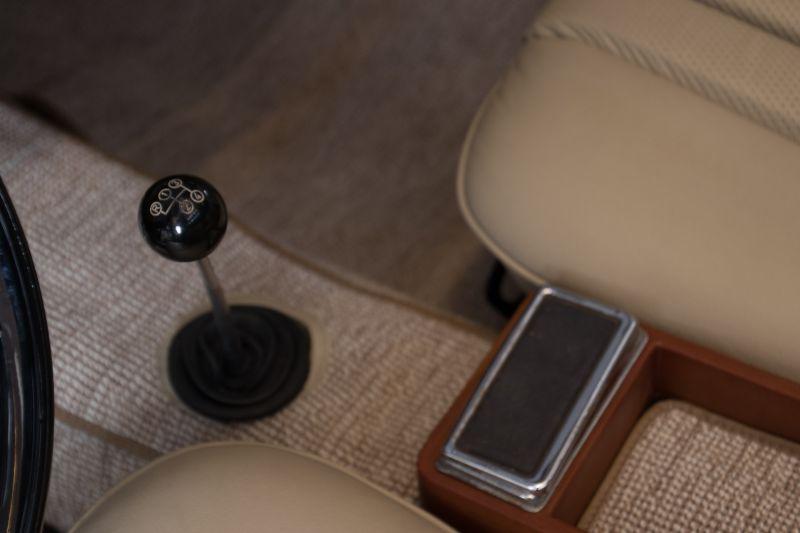 1963 Mercedes-Benz 230 SL 15945