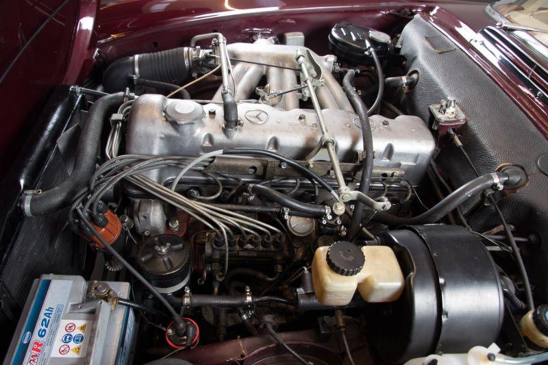 1963 Mercedes-Benz 230 SL 15952
