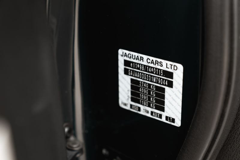 2002 Jaguar S-Type R 4.2 V8 81205