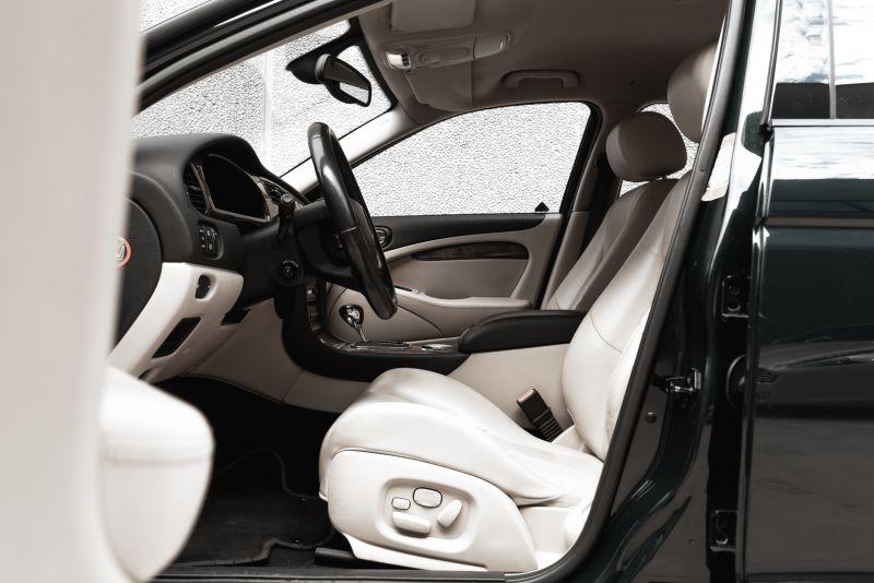 2002 Jaguar S-Type R 4.2 V8 81178