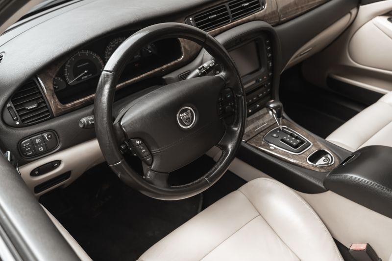 2002 Jaguar S-Type R 4.2 V8 81179
