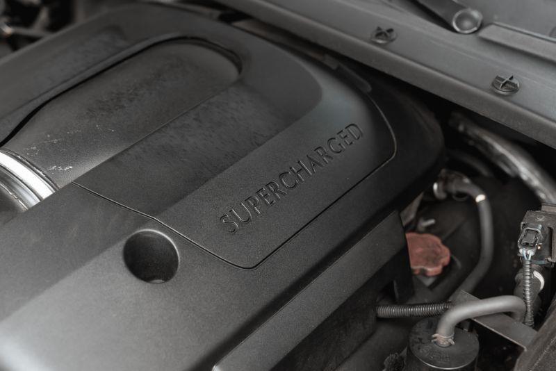 2002 Jaguar S-Type R 4.2 V8 81203