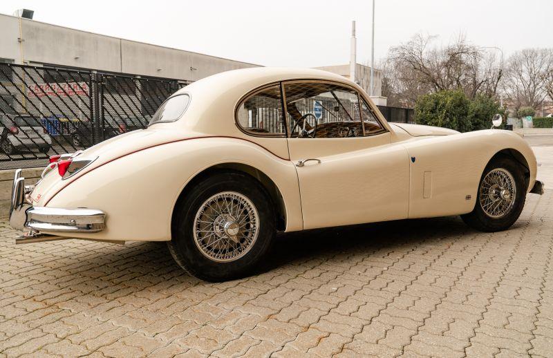 1955 Jaguar XK140 FHC SE 60886