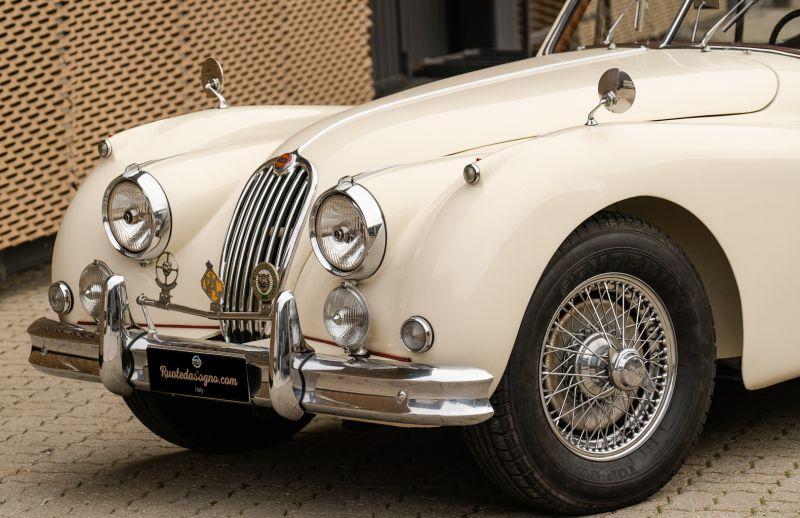 1955 Jaguar XK140 FHC SE 60895