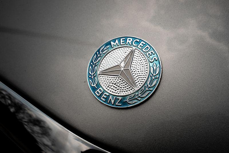 1977 Mercedes-Benz SL 450 73670