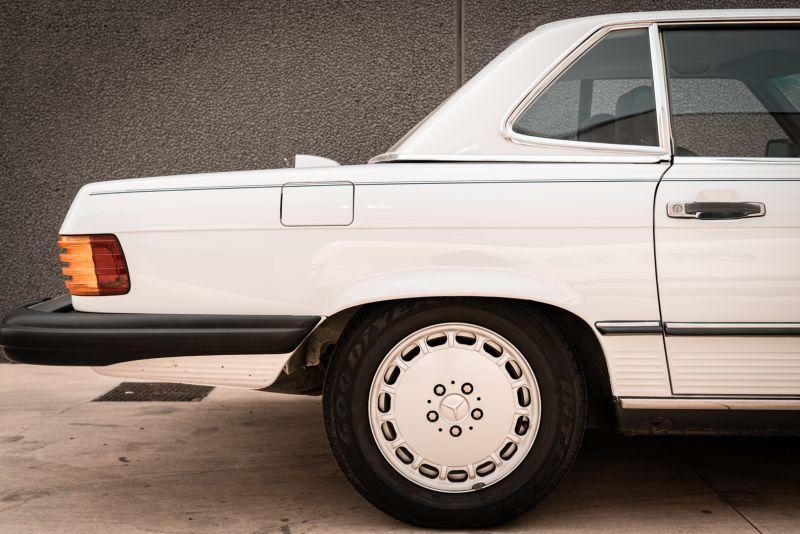 1985 Mercedes-Benz SL 560 77047