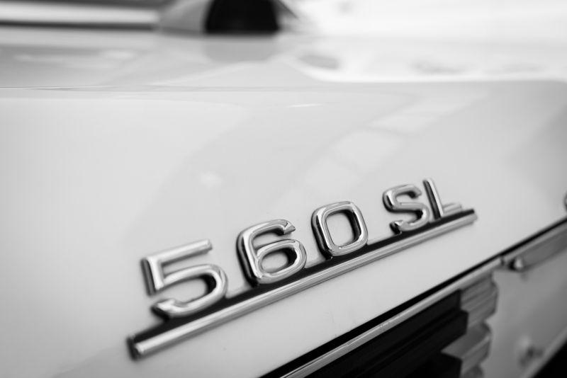 1985 Mercedes-Benz SL 560 77050