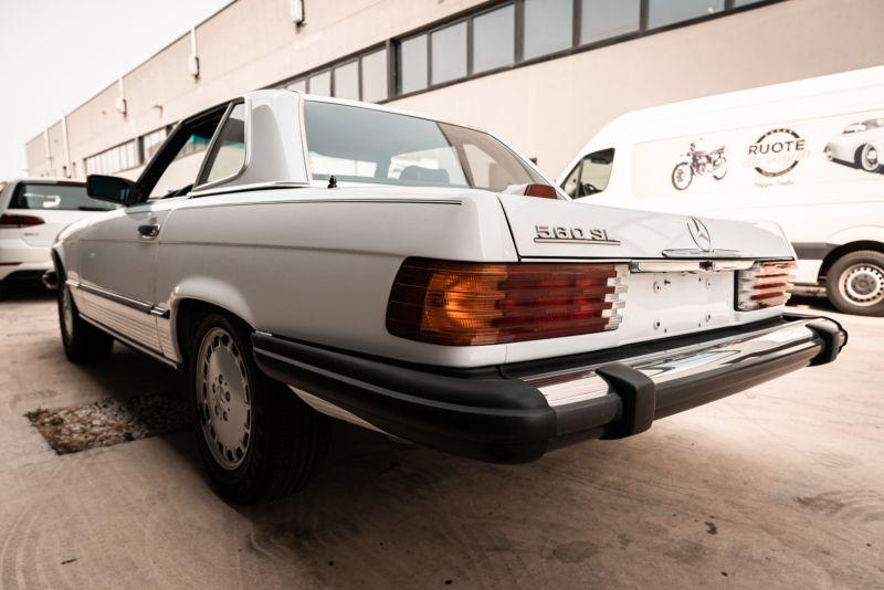 1985 Mercedes-Benz SL 560 77043