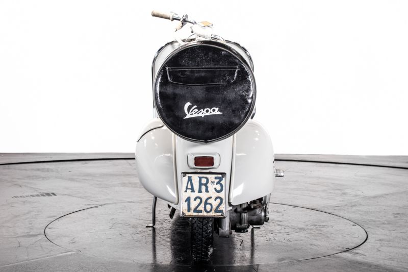 1957 Piaggio Vespa 125 Faro Basso '57 68772