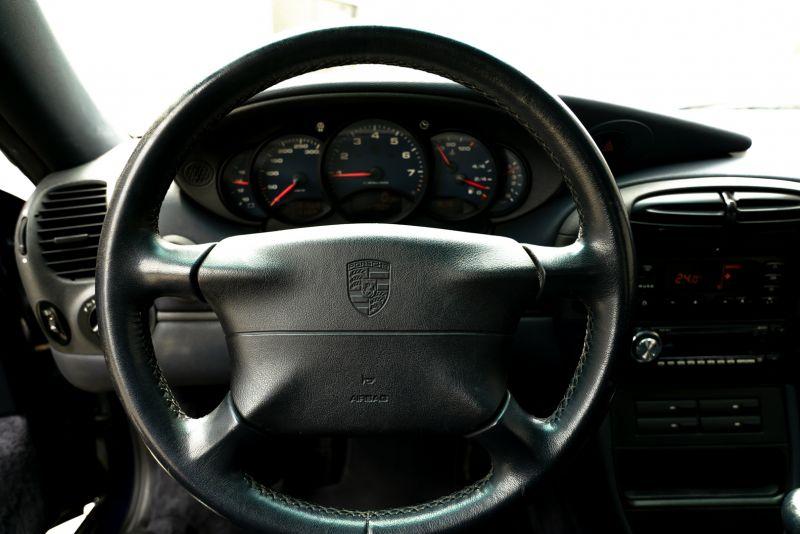 1999 Porsche 996 Carrera Coupè 69251