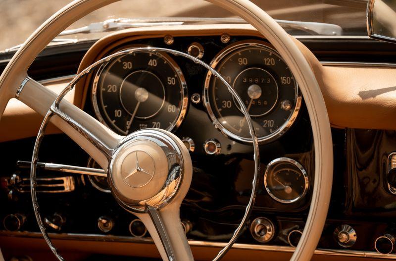 1961 Mercedes-Benz 190 SL 73858