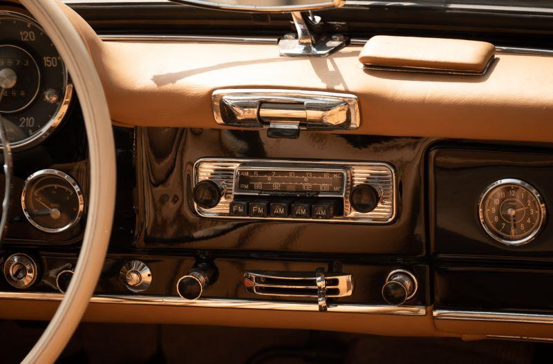 1961 Mercedes-Benz 190 SL 73860