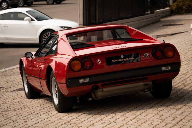 1976 Ferrari 308 GTB Vetroresina 74032