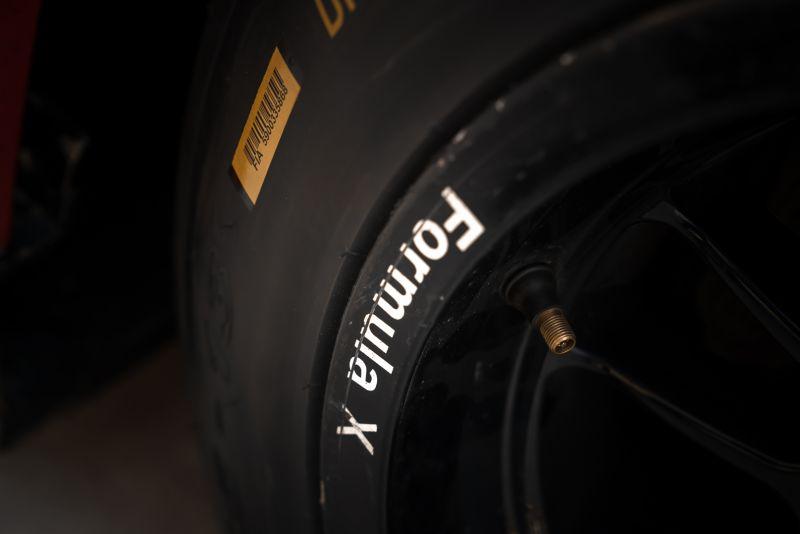 2004 Van Diemen Formula X RF04 CFX 68856