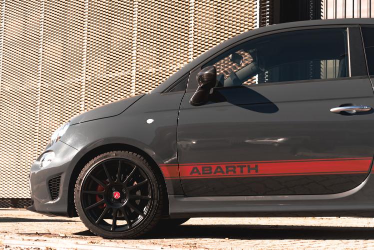 2017 Abarth 695 XSR Yamaha Limited Edition 1