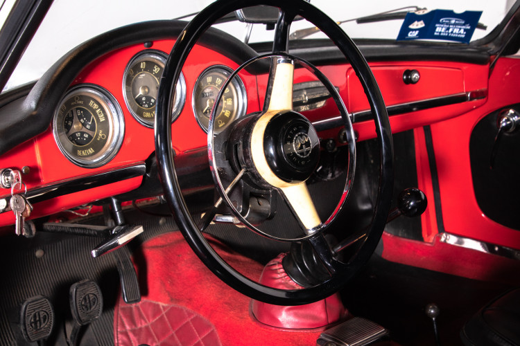 1962 Alfa Romeo Giulietta Spider 20