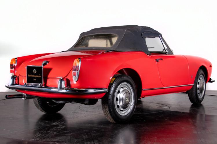 1962 Alfa Romeo Giulietta Spider 5