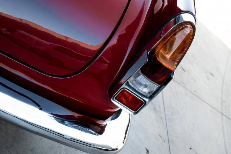 1961 Alfa Romeo 2000 Spider Touring 15
