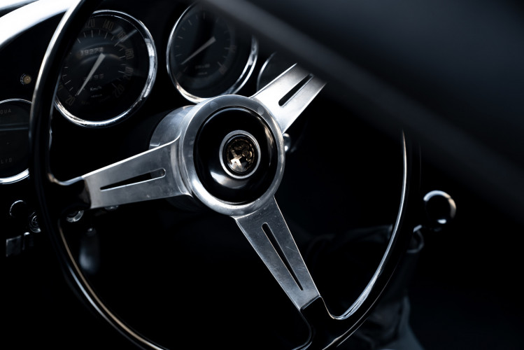 1961 Alfa Romeo 2000 Spider Touring 16