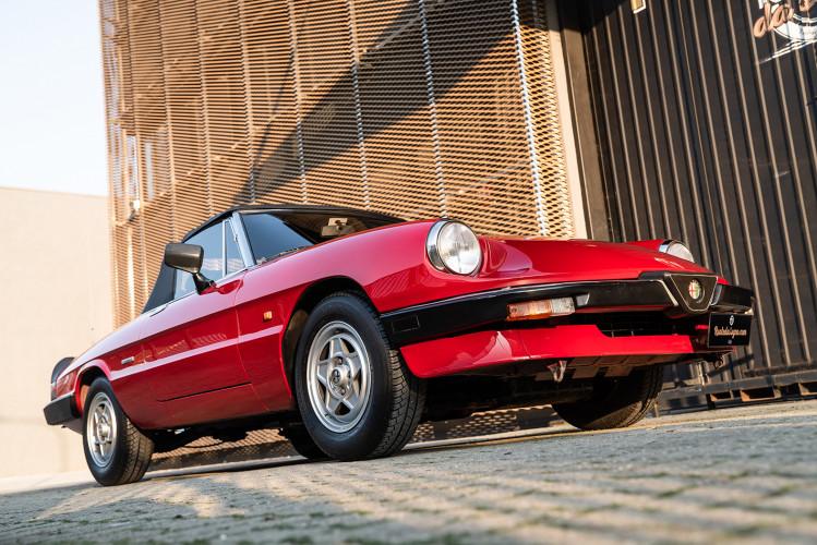 "1989 Alfa Romeo Spider Duetto 1.6 ""Aerodinamica"" 9"