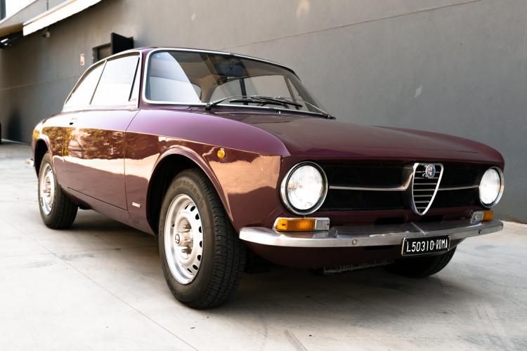 1973 Alfa Romeo GT 1300 Junior 0