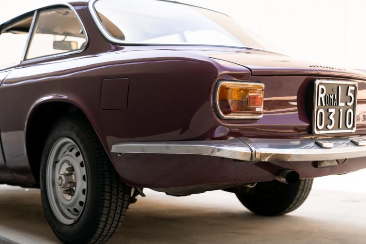 1973 Alfa Romeo GT 1300 Junior 10